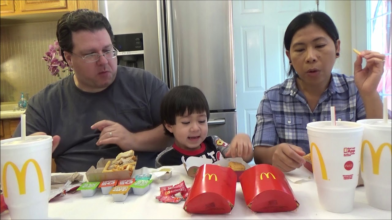 Fast Food Family Stream