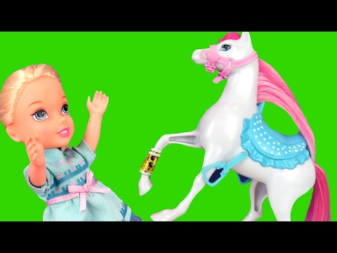 Thumbnail: Horse Riding Accident ! Elsa & Anna toddlers - A horse is hurt! Bee stings Elsa? Horse Stable