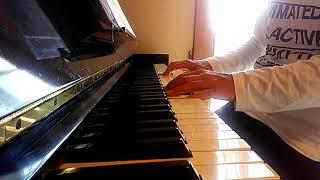 この曲も、大好きでよく歌いますが、今日は、ピアノで~す(笑)