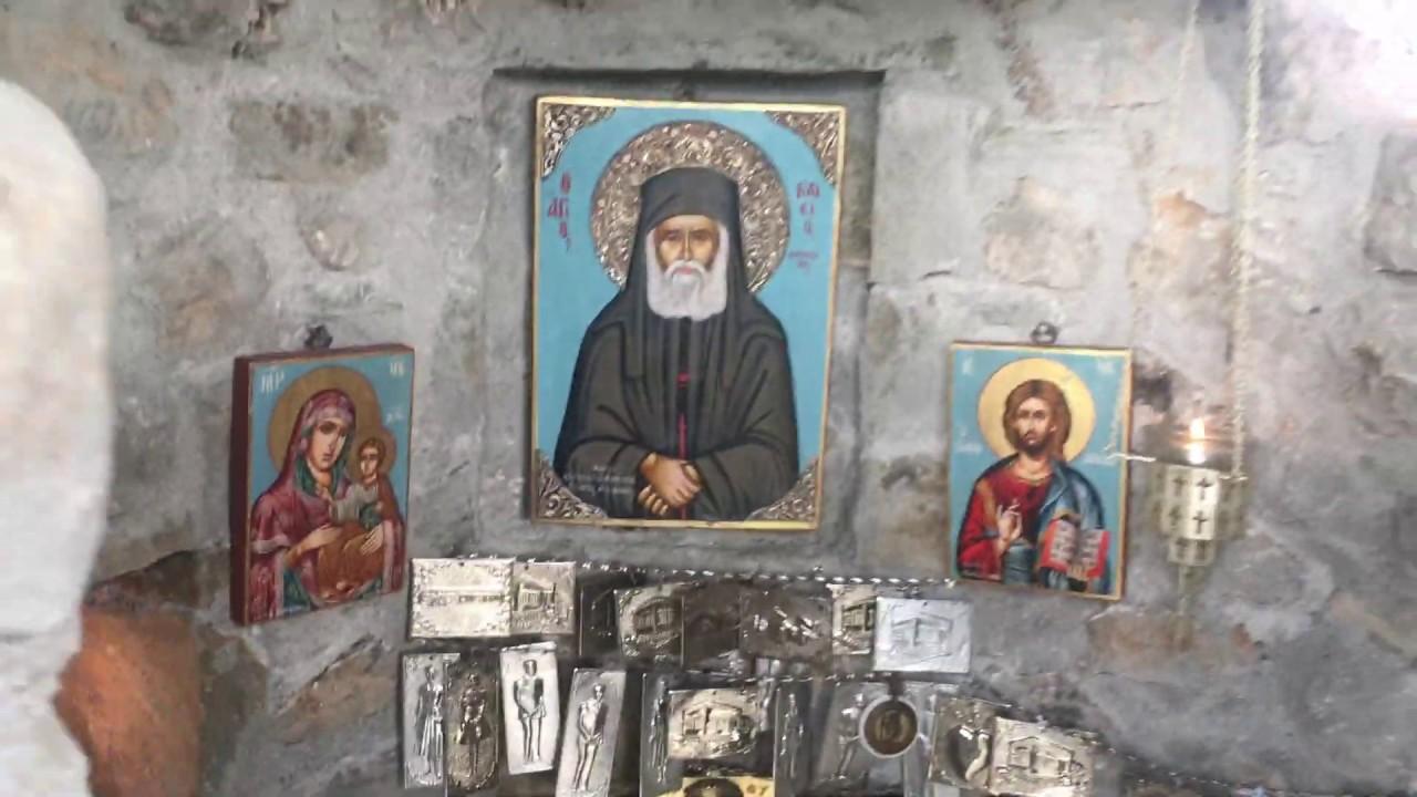 Η κρυμμένη Δεντροκκλησιά του Αγίου Παϊσίου σε χωριό της Κόνιτσας. - YouTube