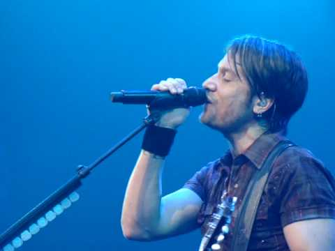 Keith Urban - Standing Right In Front of You