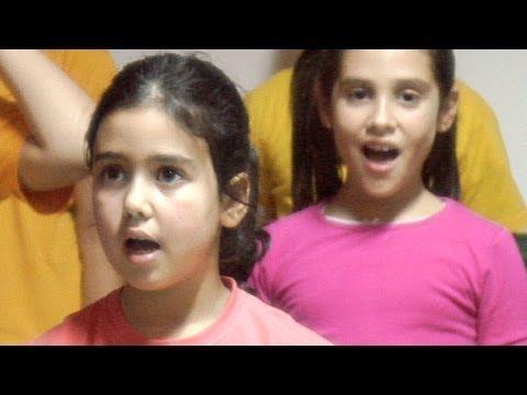 Children chorus -