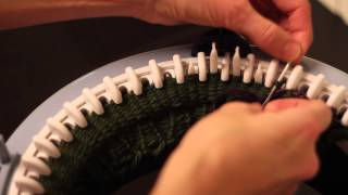 Hvordan strikke barnevotter / How to knit mittens - Prym Maxi knitting mill
