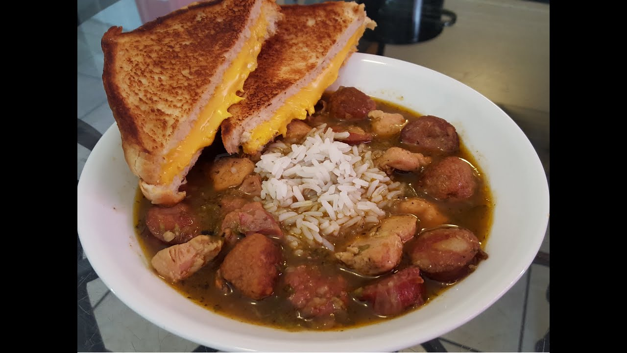 recipe: paul prudhomme chicken and sausage gumbo [28]