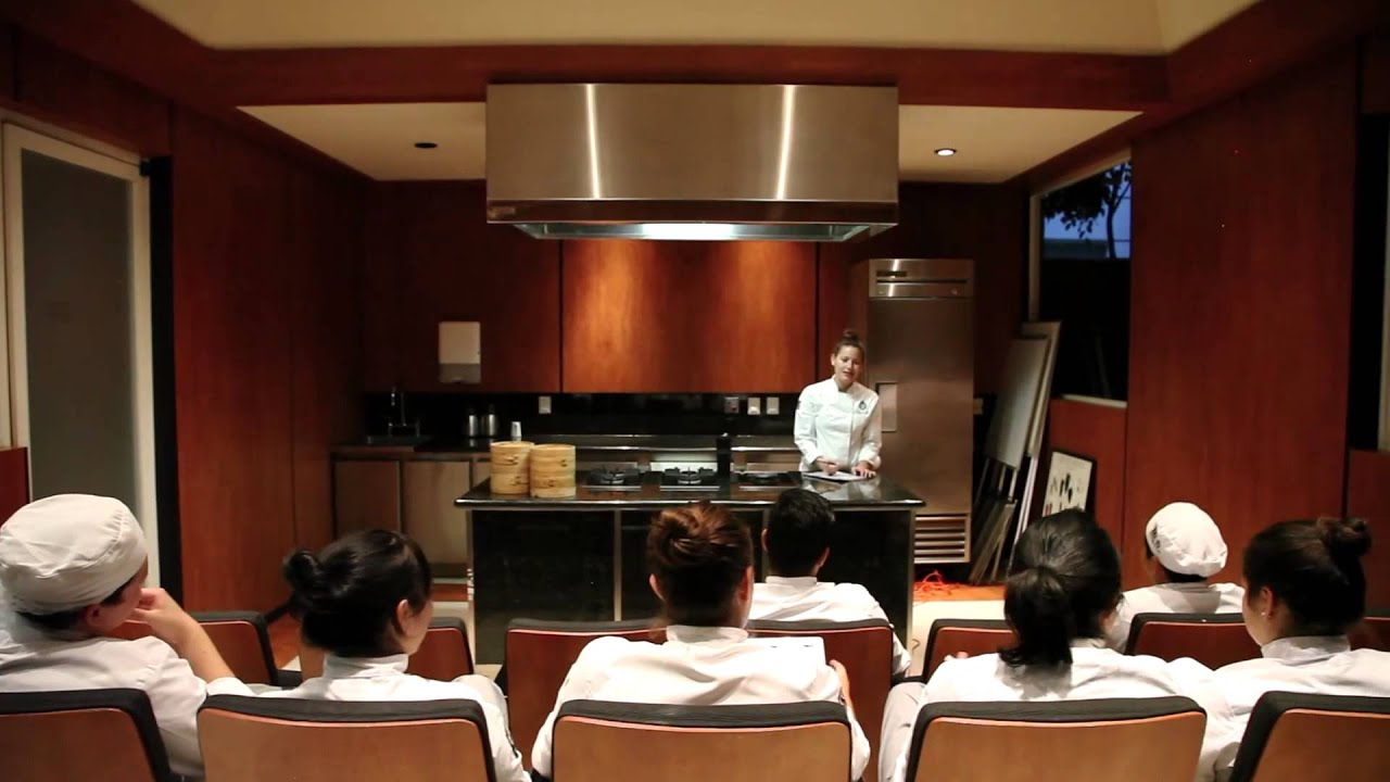 Escuela de gastronom a centro culinario ambros a estudia for Escuela de cocina