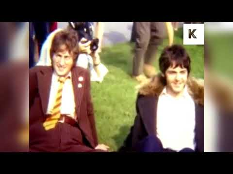 Words of love - The Beatles (LYRICS/LETRA) [Original] [+Video]