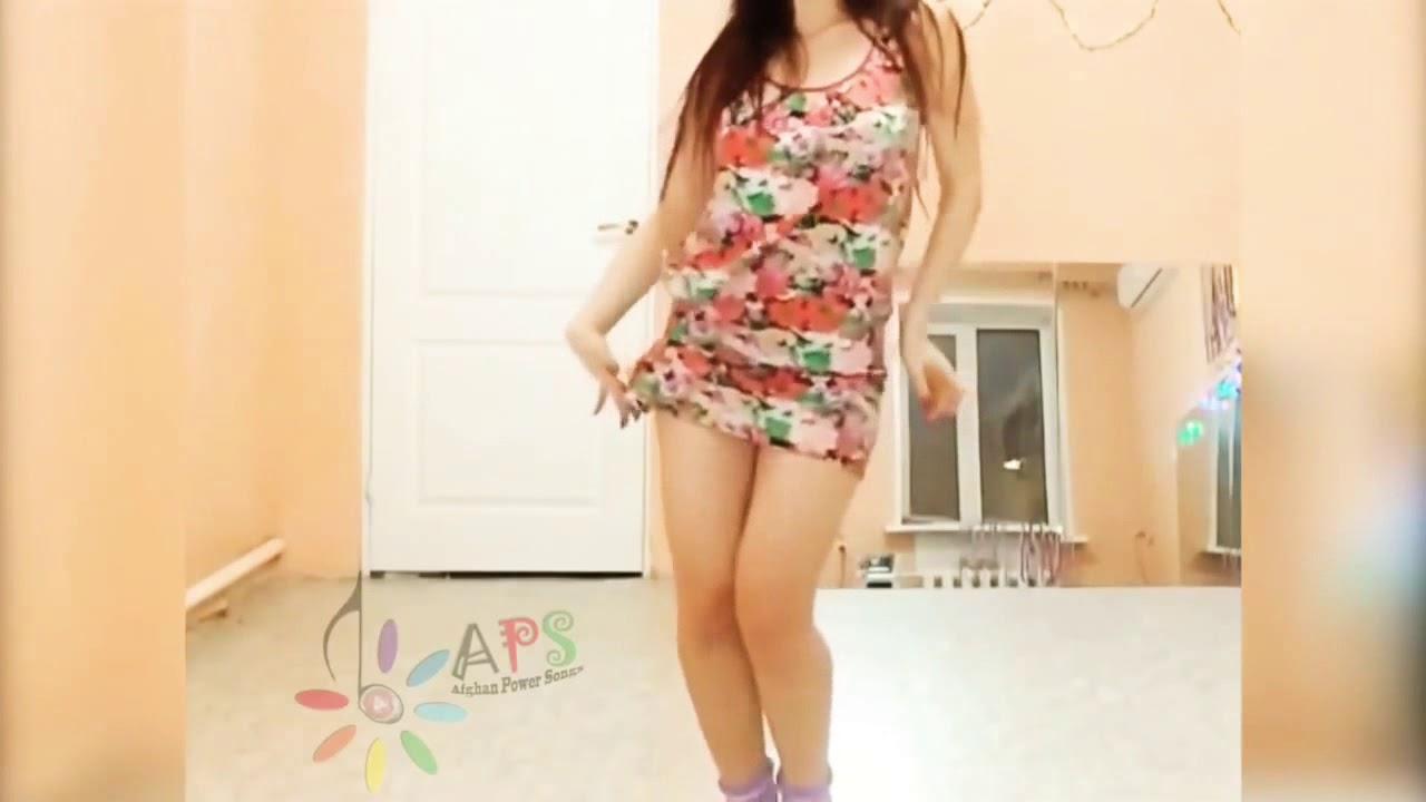 فتاة جميلة ترقص رقص منزلي شعبي تونسي ????????????????