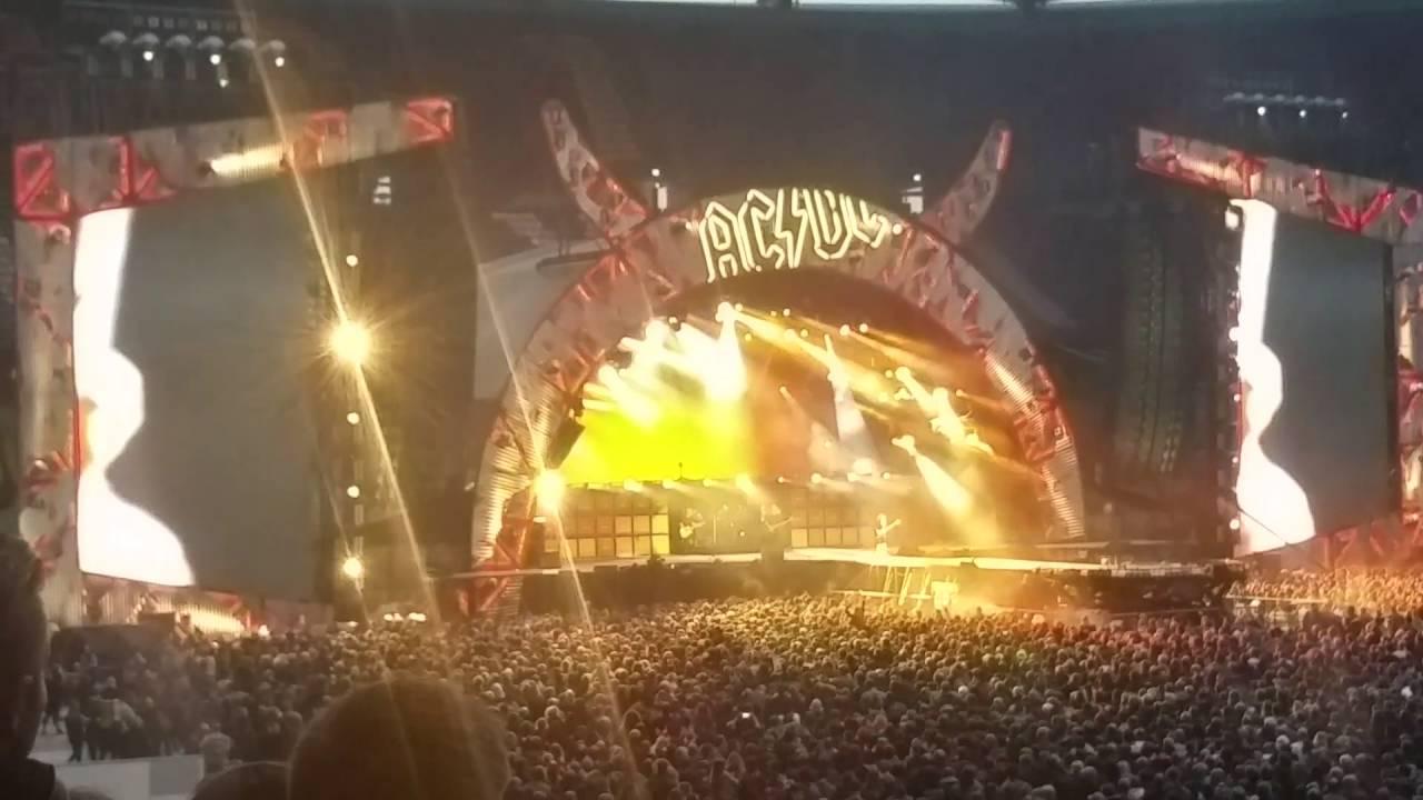 AC/DC - Live Hamburg 2016  - High Voltage
