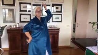 AMALIA feat Gloria Gaynor che balla -  Buon 1 Maggio