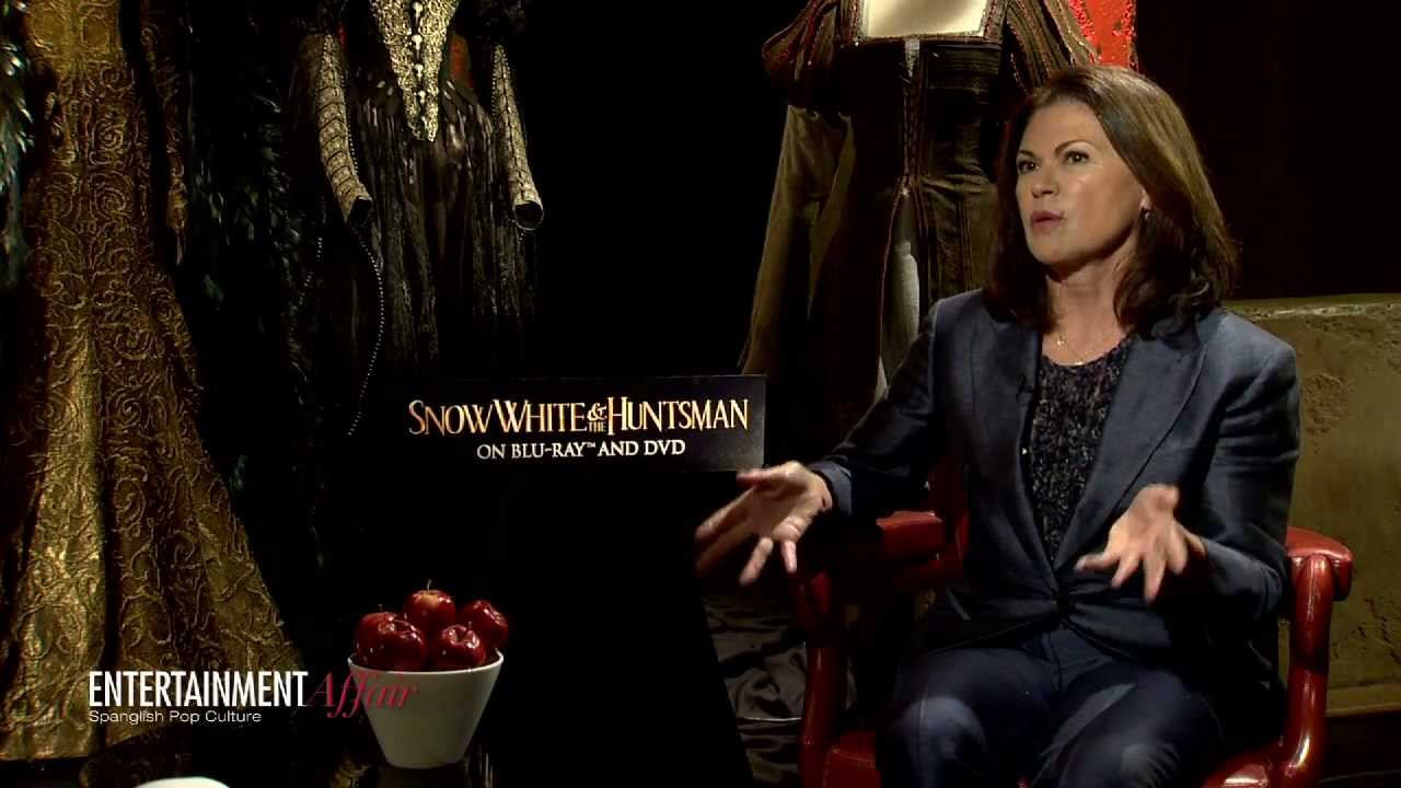 Costume Designer Colleen Atwood Talks Snow White And The Huntsman Youtube