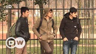 İstanbul'da yaşayan göçmenlerin geçim mücadelesi - DW Türkçe