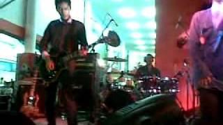 Garasi - Hidup Hanya Sekali (Live @ Jakarta Fair 29th June 2011)