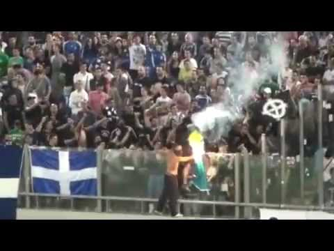 Ultra-right Greece fans burn Bosnian flag