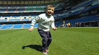 كريستيانو رونالدو يحقق حلم الطفل الفلسطيني أحمد الدوابشة بمقابلته (فيديو)