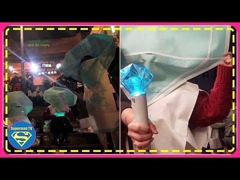 Fans dress up as SHINe e's light stick for Halloween