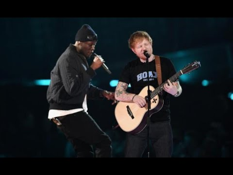 FAMOUS SINGERS Performing with FANS ON STAGE