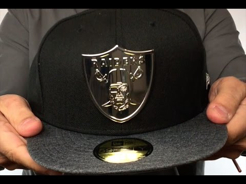 94dc64ce1581e7 Raiders 'SILVER METAL-BADGE' Black-Shadow Tech Fitted Hat by New Era ...