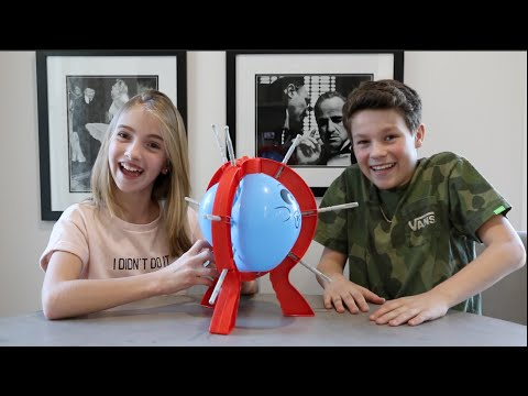 Don't Pop It (Boom Boom Balloon) Challenge w/ Lauren ...