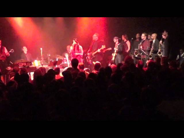 ATL Funk Society feat Ruby Velle & Bernard Purdie - James Brown Merry Christmas Baby 12-20-14