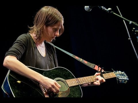 Sera Cahoone - Deer Creek Canyon (Live on KEXP)
