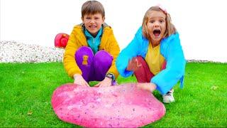 Max and Katy play balloon games