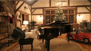 Repeat youtube video Rudolph - Merry Christmas - The Piano Guys
