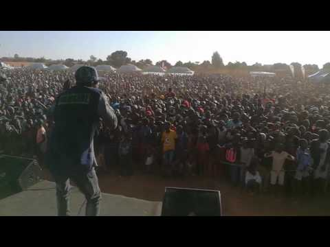 KINNAH   MUSOMBO LIVE IN HATCLIFF 2017 ZIMDANCEHALL