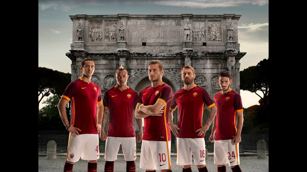 official photos 5f6fe 92872 Roma 15/16 Home Jersey