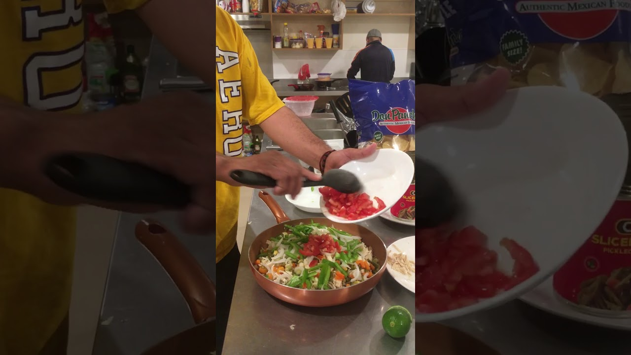 Ensalada de pechuga de pollo a la mexicana
