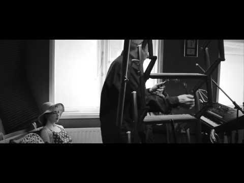 Bronagh Gallagher - 'Short Cut' (live)