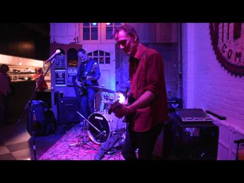"Folk Alarm  ""Good Vibrations""  Kevin Breit, Russ Boswell, Davide DiRenzo- Richard Sugarman video"