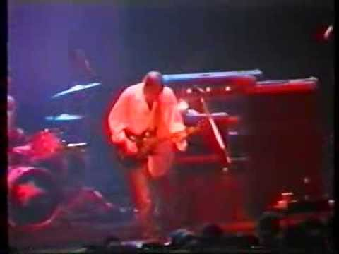 Pearl Jam with Neil Young - 1995-08-16 (Prague, Czech Republic)