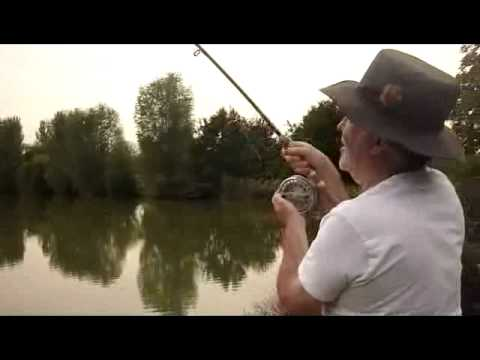 Bob using a vintage Richard Walker mk iv Carp rod