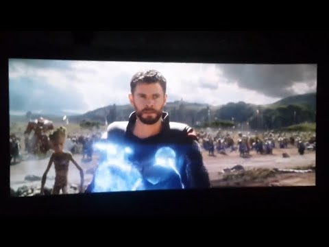 Best audience reactions to Thor's entrance in Infinity War | 'Bring me Thanos!'