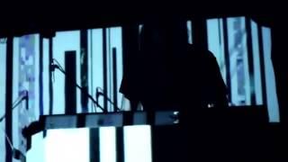 Black Onassis | Mono Resimi