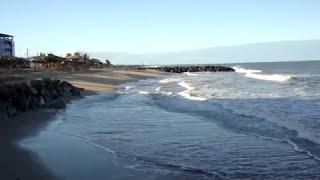 o mar de mucuri ba. danificou duas ruas