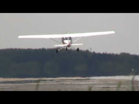VHM Cessna 152 - Takeoff   D-ETOM   ESS