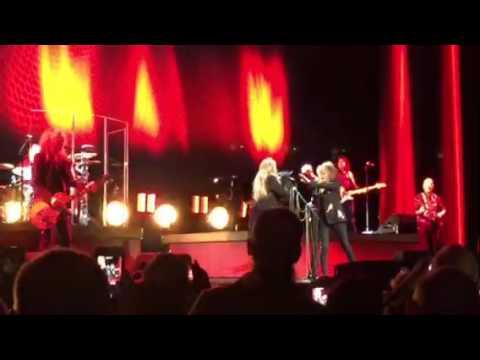 Stevie Nicks / Chrissy Hinds Columbus Ohio 3/17/17