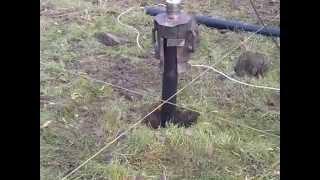 видео Монтаж винтовых свай: технология установки