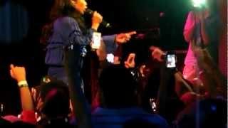 Brandy - Put It Down ft. Chris Brown (Live) [HD]