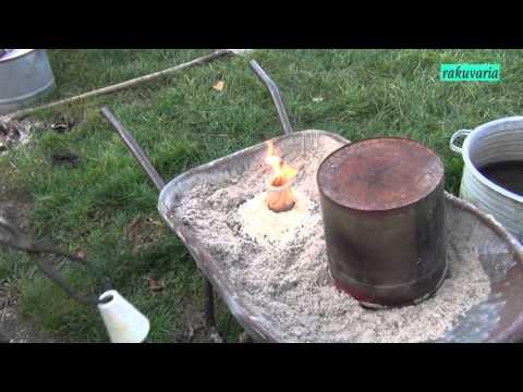 FIRING RAKU WITHOUT SMOKE NUISANCE