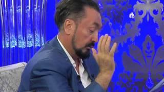Adnan Oktar, sahih hadis kitaplarından 5 vakit namazı anlatıyor. (Harun Yahya) Video