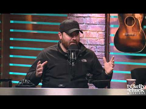 """Why """"Losing Sleep"""" Stands Out So Much To Chris Young Fans - Ty, Kelly & Chuck"""
