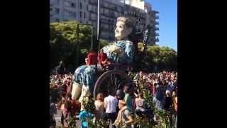 Royal de Luxe - Grand-mère en balade dimanche 8 juin