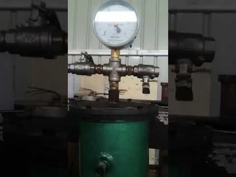 Epoxy resin mixer,mixing device