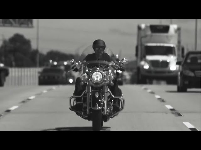 Johnny Hallyday - À nos promesses (Bande-annonce)