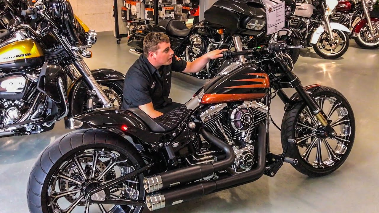 Harley-Davidson Breakout 300-Tire Customized by Arni Harley in ...
