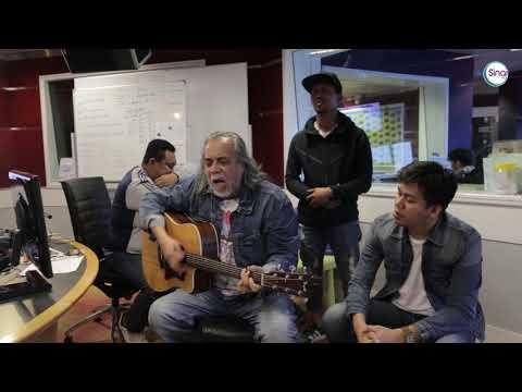 Papa Rock Malaysia - Datuk Ramli Sarip Bersama Sepahtu Sinar