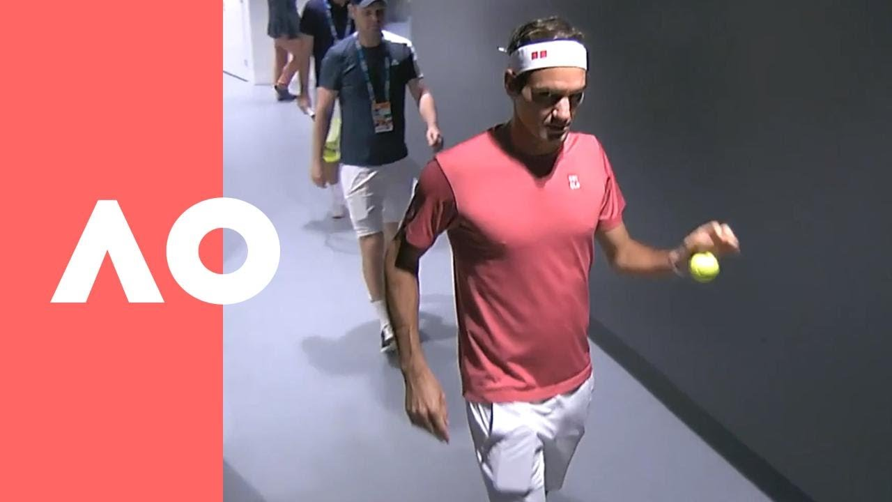 181e838e Roger Federer behind the scenes pre-match warmup | Australian Open 2019