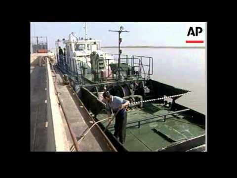 UN envoy and ministers inspect bridges